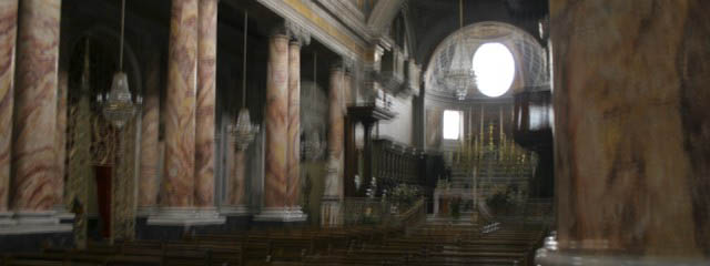 Faux marble – non-figurative church decorations