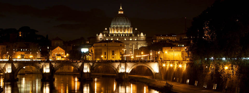 Five romantic bridges in Rome