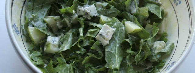 Pear arugula salad with gorgonzola