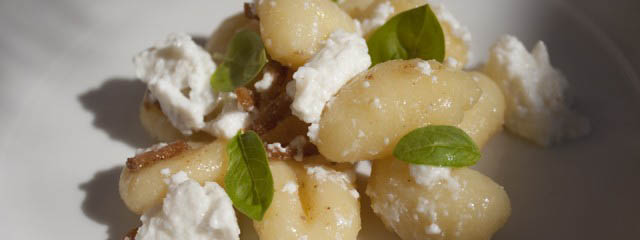 Gnocchi with butter, lemon and ricotta