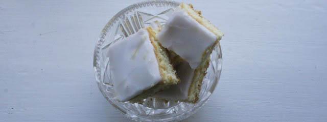 Lemon square biscuits